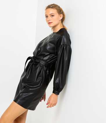 Robe simili noir